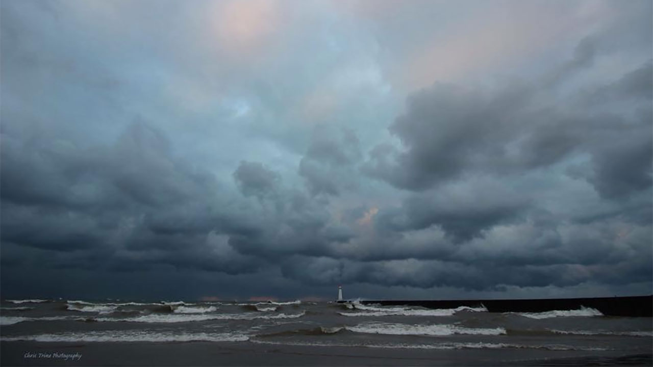 Squalls develop over Sodus Point Beach